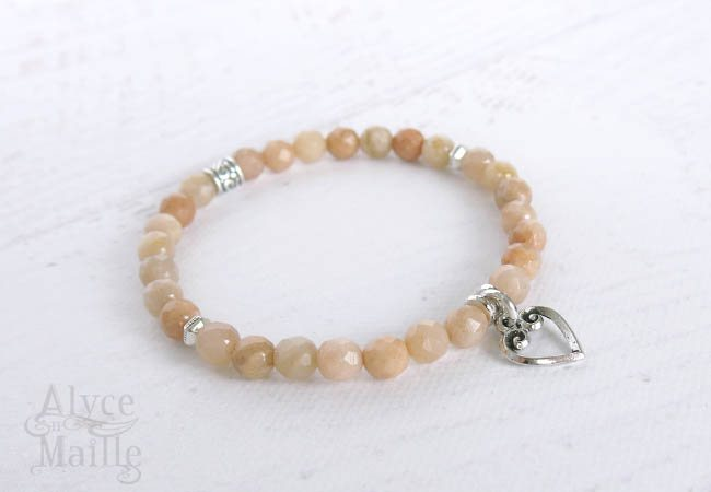 Diamond Cut Peach Moonstone Gemstone Bracelet