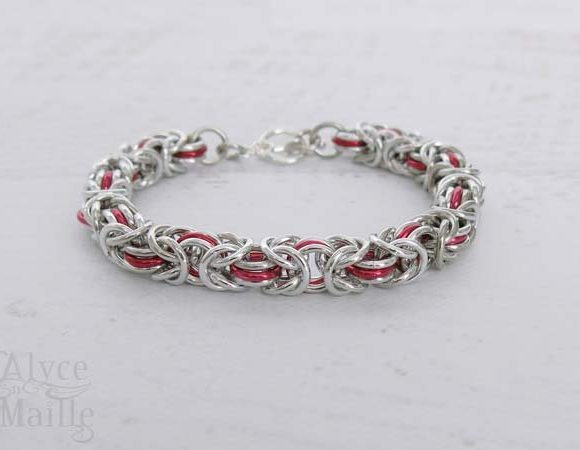 Red Byzantine Chainmaille Bracelet
